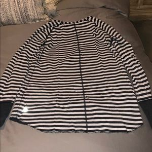 LuluLemon Reversible Pullover Size 8